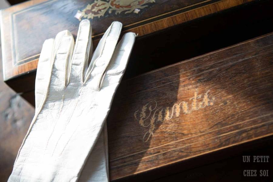 france, region normandie, calvados, pays d'auge,, surville, près de pont l'évèque, prieuré boutefol, maison d'hotes, boite a gants,